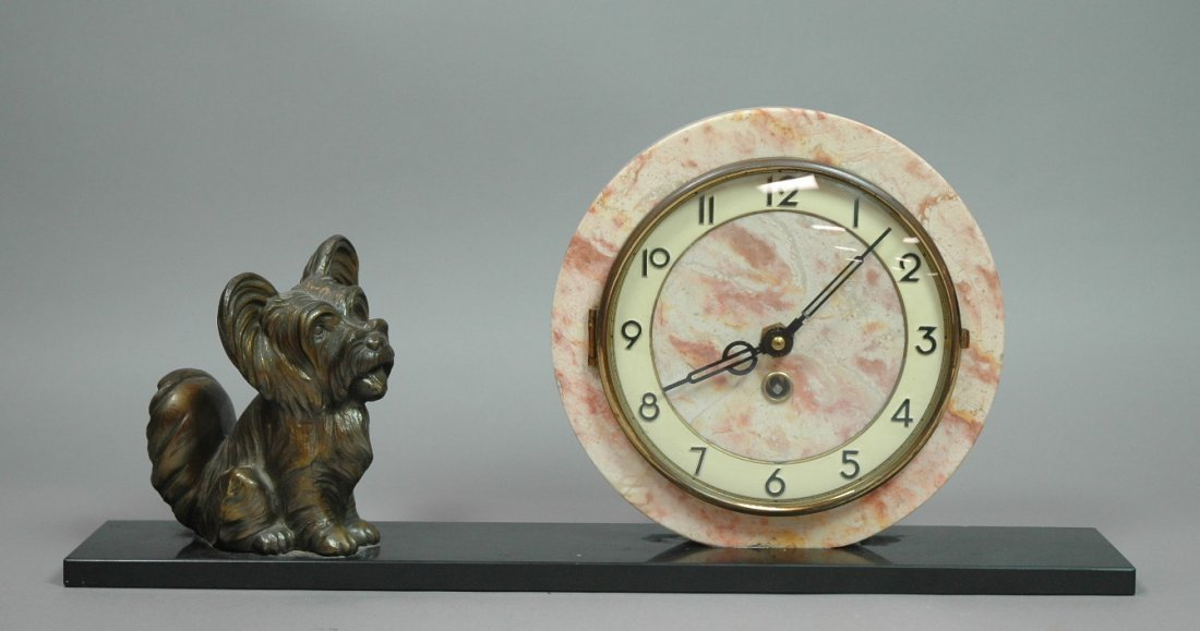 Art Deco Dog Figure with Round Marble Clock. Spel