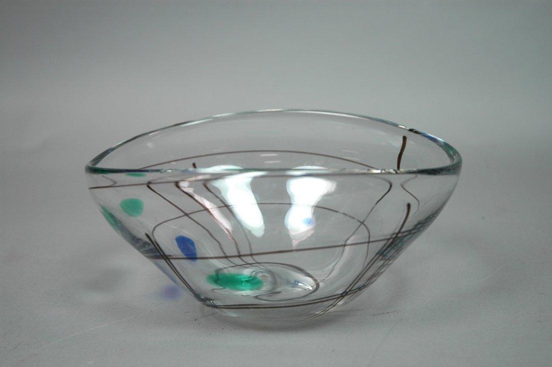 VICKE LINDSTRAND Art Glass Bowl. Linear design wi