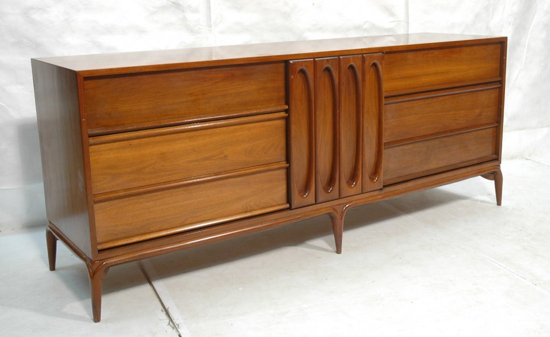 DANIEL JONES, NYC Dresser Low Chest. Sculpted fro