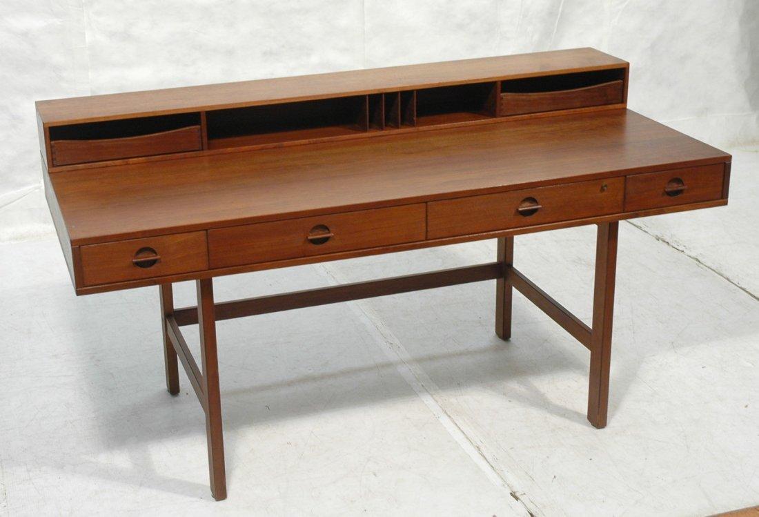 Lovig Dansk Danish Modern Desk. Partners desk wit