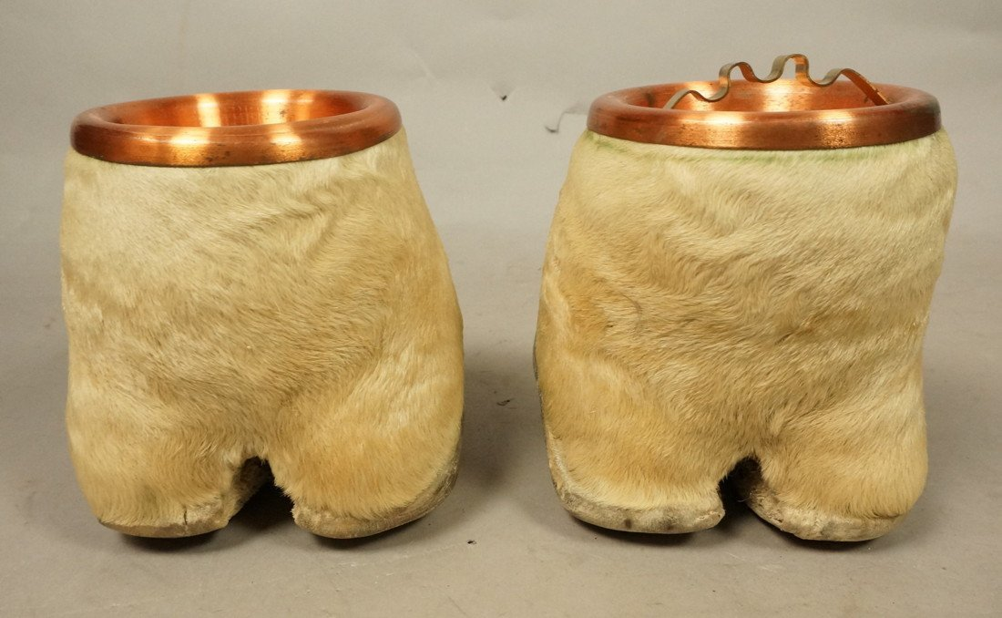 Pair Giraffe Hoof Ashtrays.  Copper lines. Taxide - 5