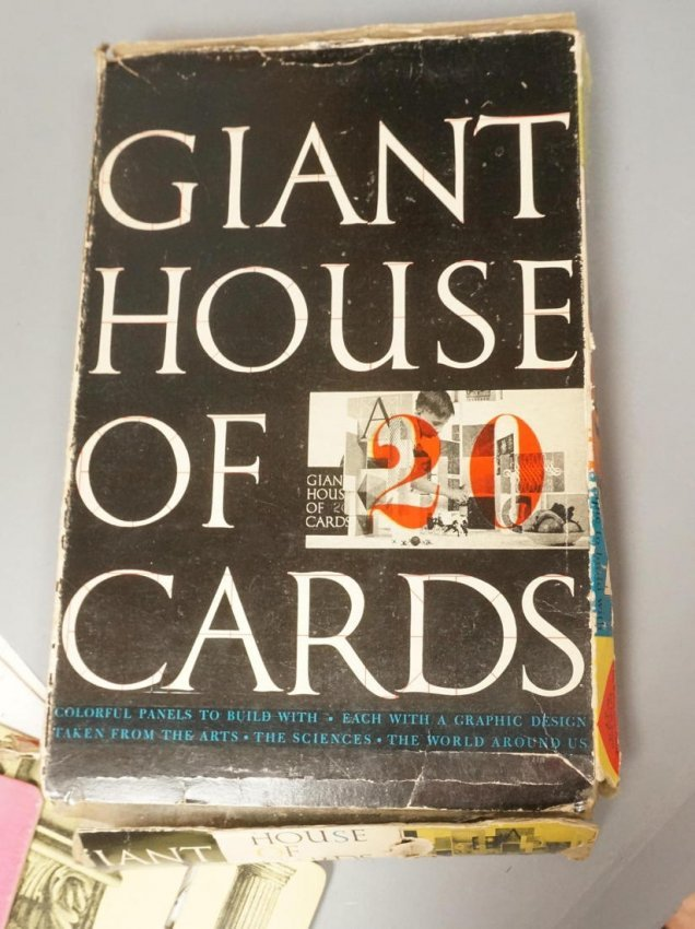 Vintage Eames Giant House of Cards. Tigrett Ente : Lot 6