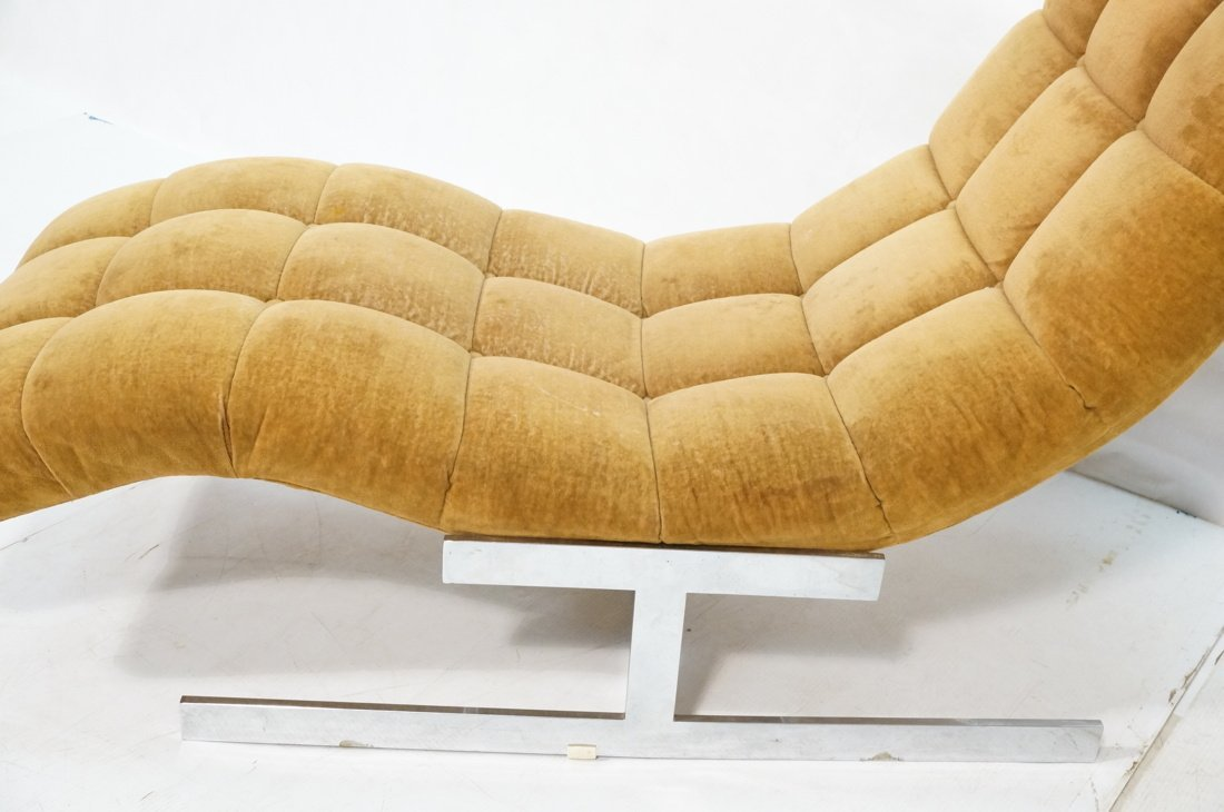 MILO BAUGHMAN style  Tufted Velvet Chaise Lounge. - 2