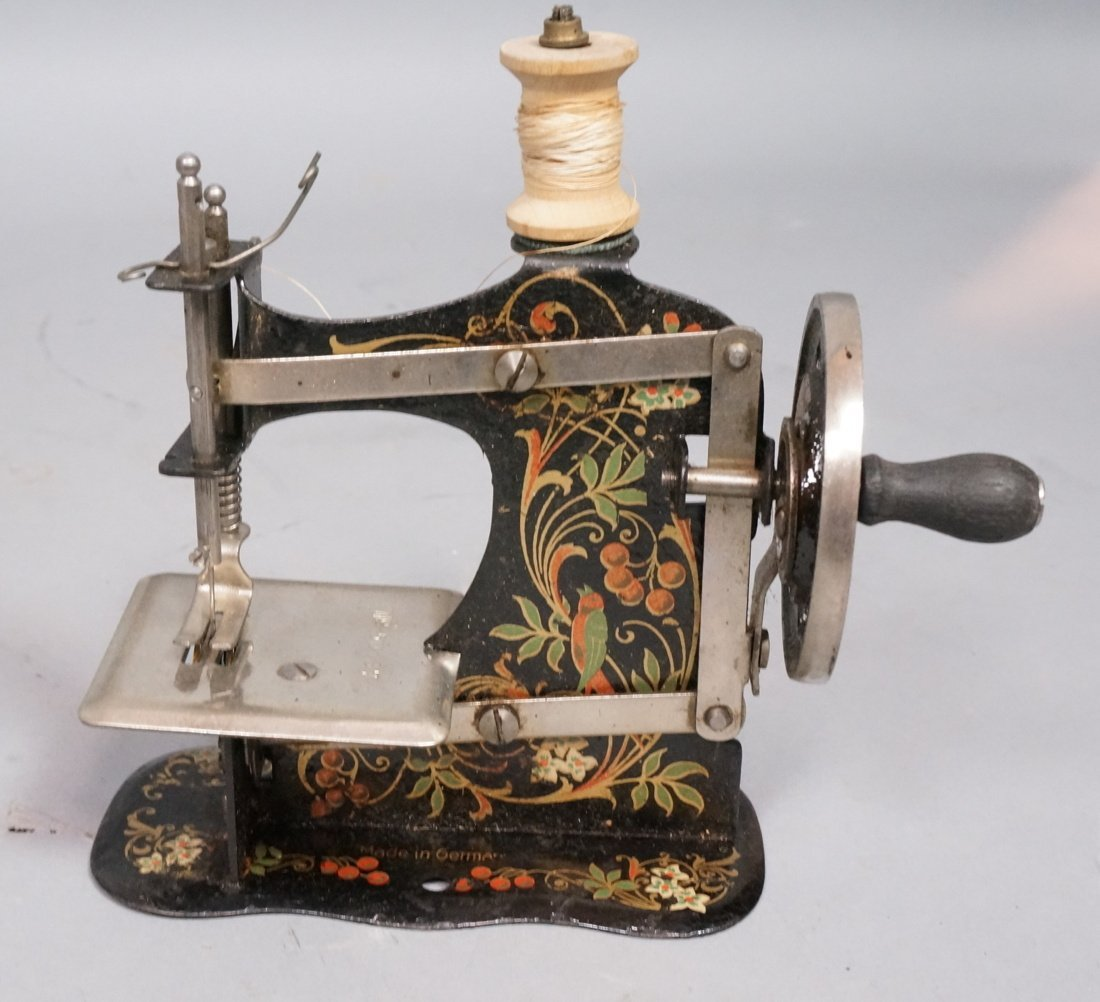 German Miniature Iron Toy Sewing Machine. Origina