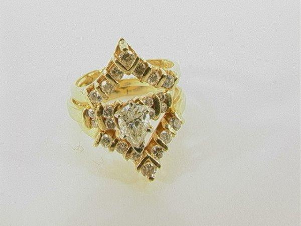 18: 14K Gold Diamond Engagement Ring + Band. Pear shape