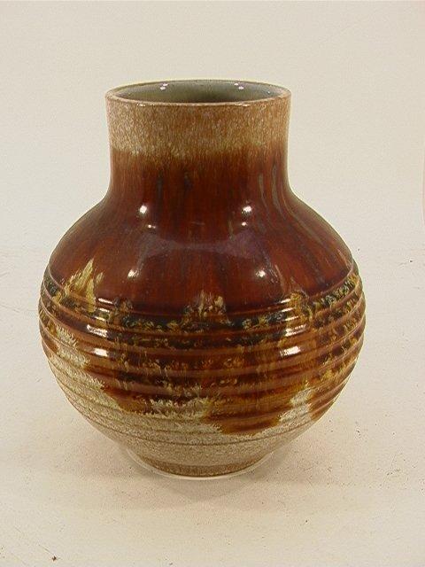 504: RAYMOR Brown Tan Ribbed Art Pottery VASE ITALY.  P