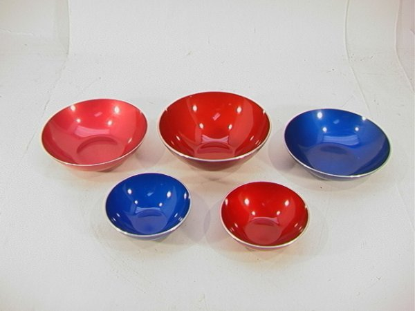 520: 5 pc LOT: EMALOX Norway Metal Bowls Colorful.  3 L