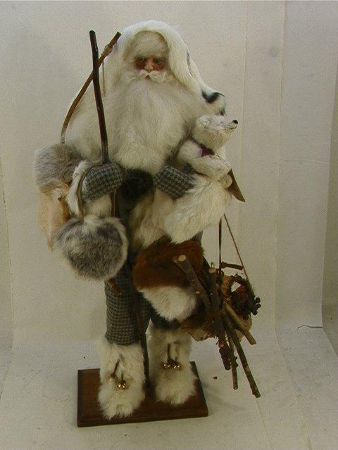 704: Lorraine Frances Mountain Santa figure 1998 Holdin