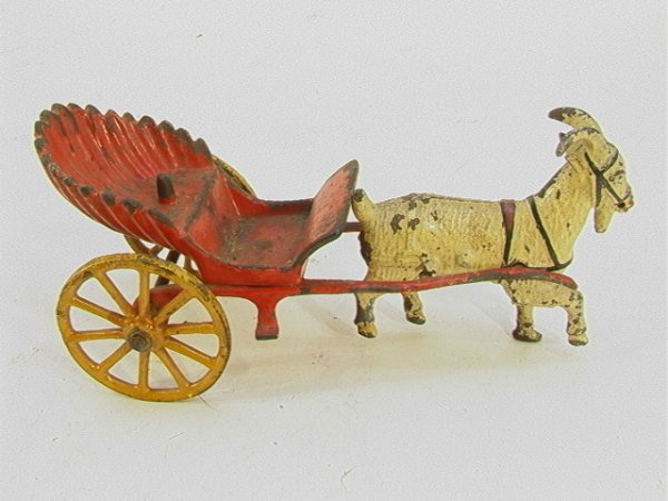 707: Cast Iron Goat Pull Toy   Dimensions:  H: 3.5 inch