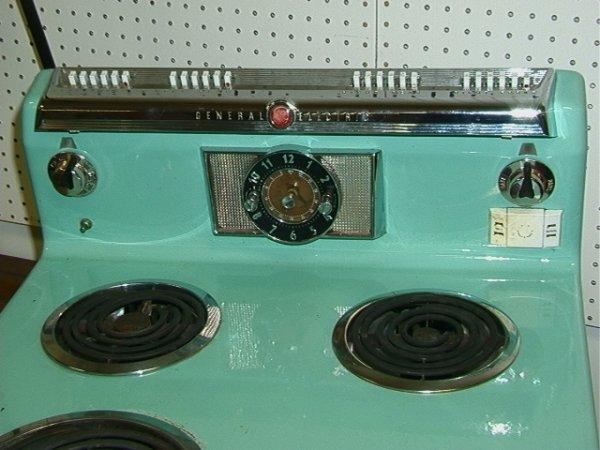 829: General Electric Turquoise Enamel Stove Vintage C. - 4