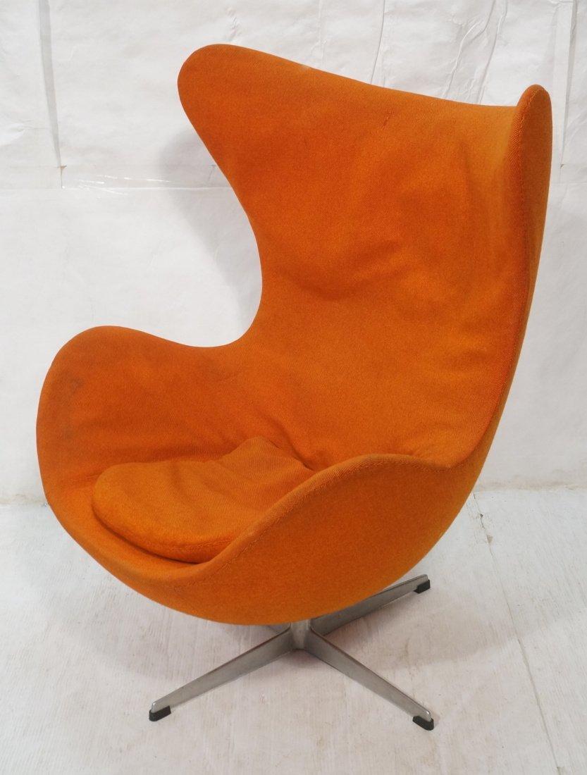 Arne Jacobsen Orange Egg Chair. Orange Fabric. FR