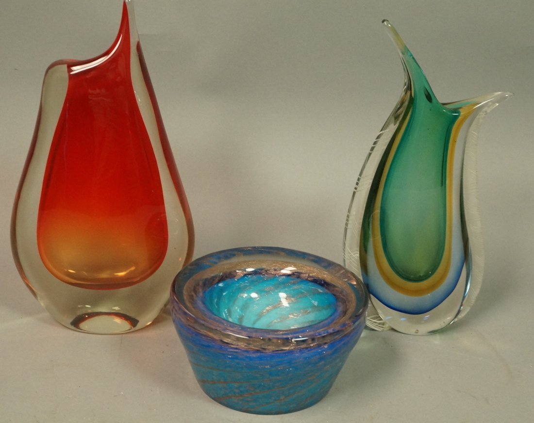 3pc Art Glass Modernist Lot. Two Vases & 1 Bowl.