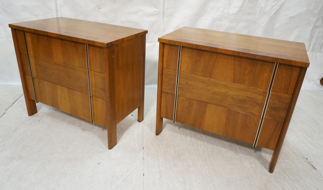 Pr JOHN WIDDICOMB 3 Drawer Bachelors Chests Dress