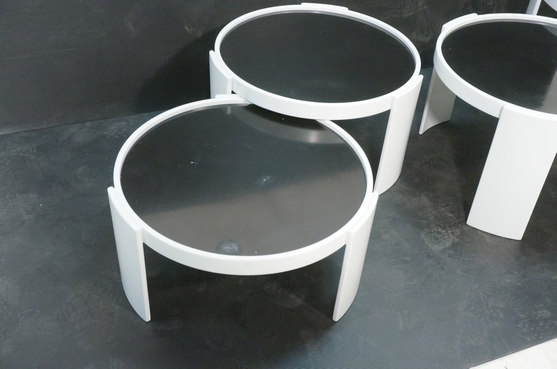 CASSINA 4 Stacking Nesting Tables. Gianfranco Frattini - 2