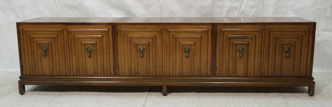 Renzo Rutilli Long Walnut Credenza Sideboard. Thr