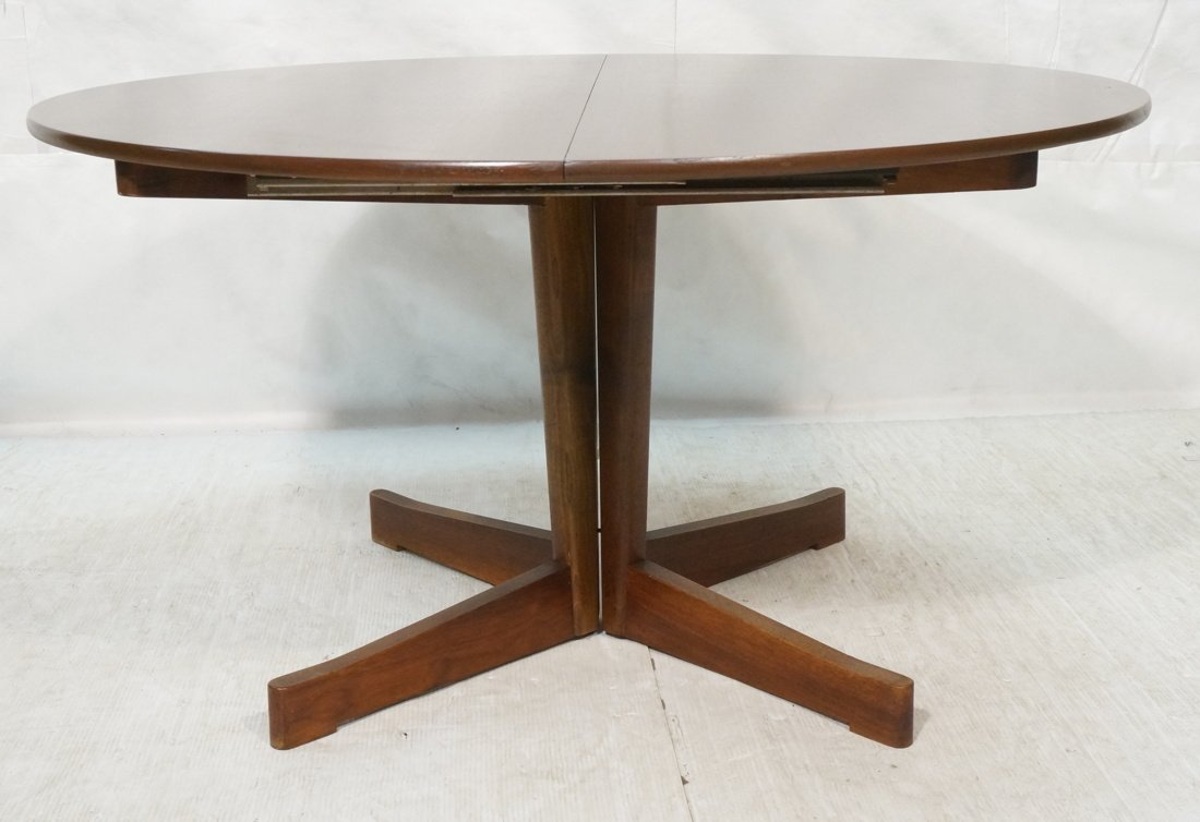 Danish Modern Teak Dining Table. Round Top on Ped