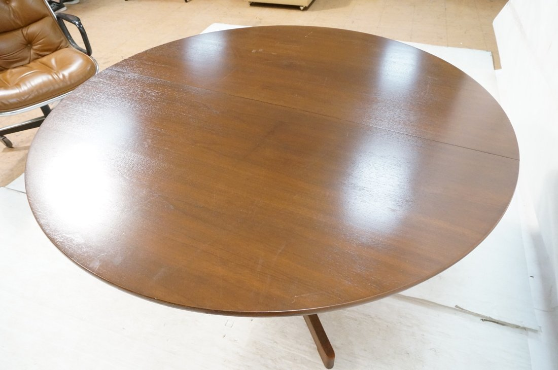 Danish Modern Teak Dining Table. Round Top on Ped - 5