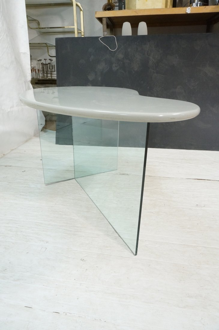 Modern style Side Table Desk. Gray lacquer kidney - 7