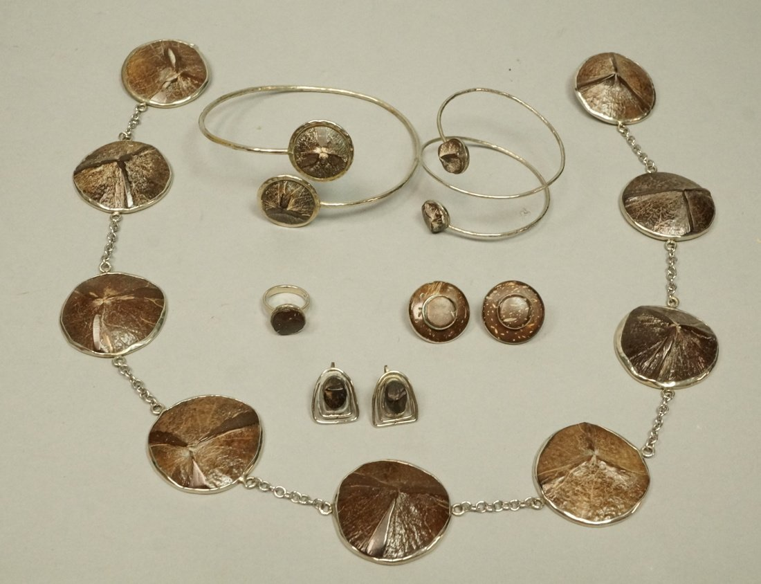 Lot 6pcs Colombian Coconut Shell Jewelry. 1 Rings