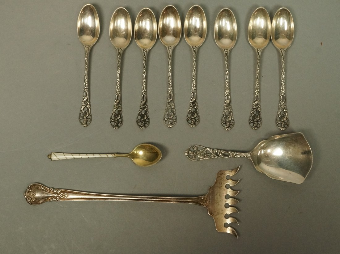 11pc Silver Items. 8 demitasse spoons marked zLz.