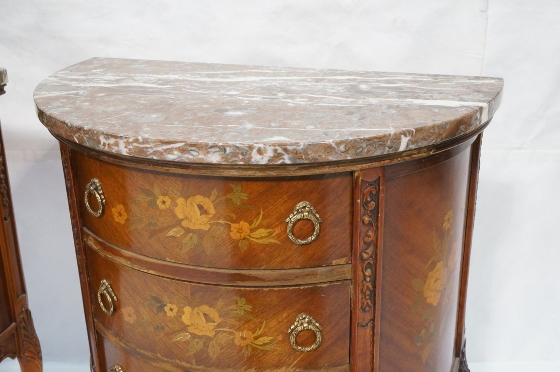 Pr Marble Top End Tables Night Stands. Demi lune - 3