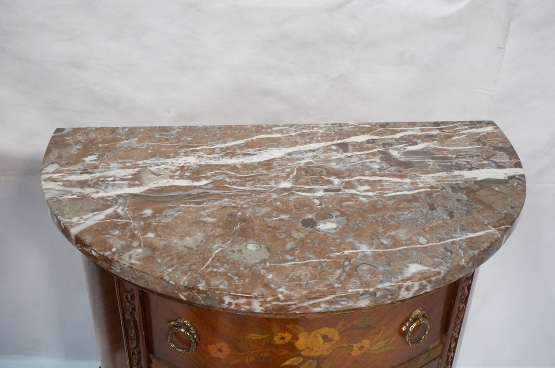 Pr Marble Top End Tables Night Stands. Demi lune - 8