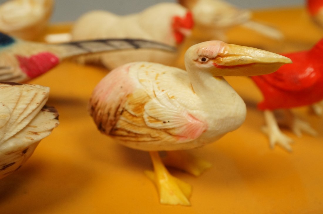 Lot 12 carved figural birds. Many with polychrome - 3