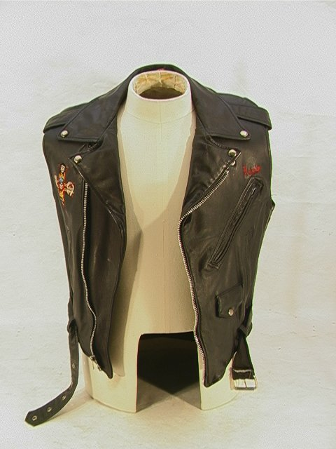1010: GUNS N ROSES Leather Tour Vest Band and Crew. Mot - 5
