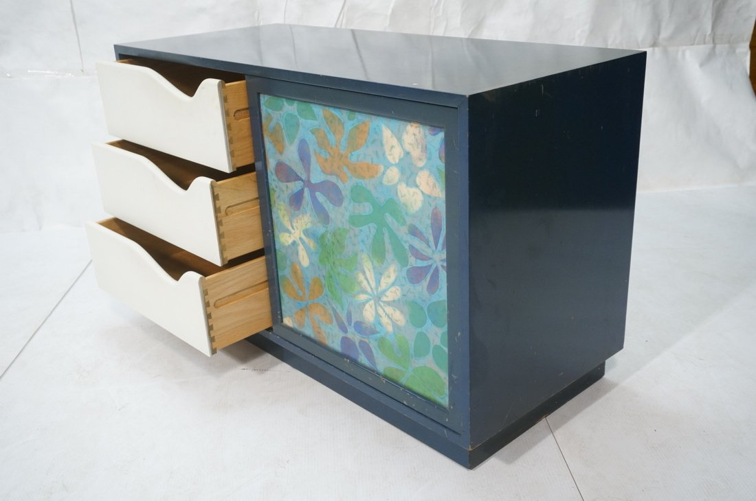 Probber Blue Lacquered Modernist Cabinet. Two sli - 3
