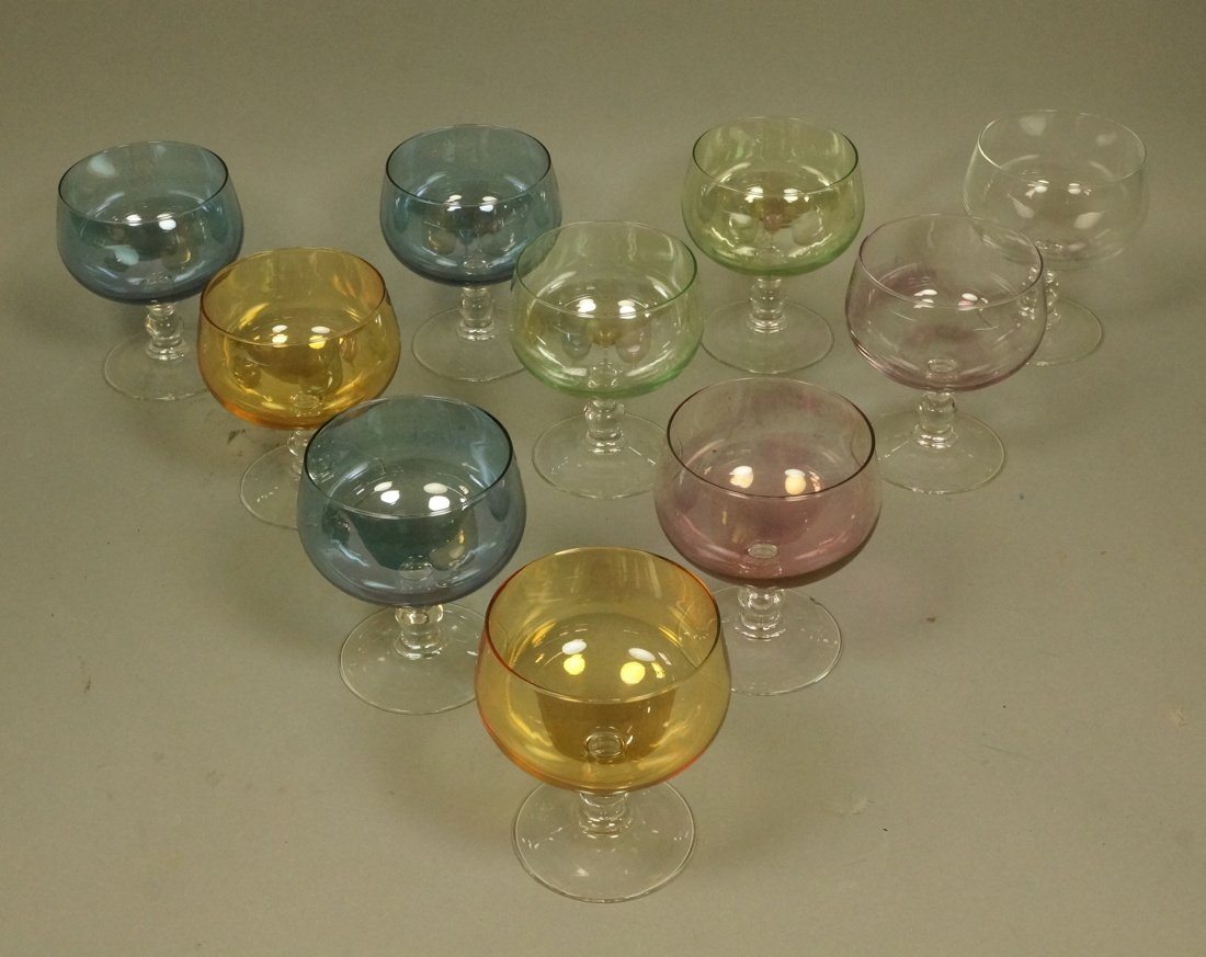 Set 10 French LUMINARC stem glasses. colored bowl