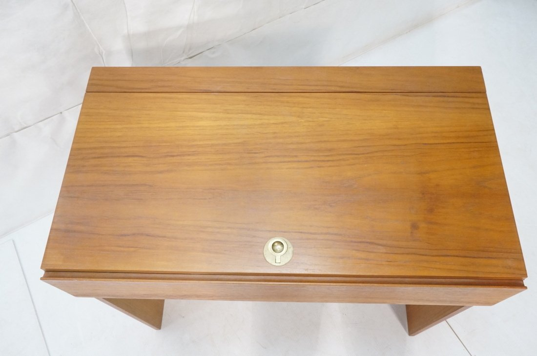 Modernist Danish Teak Flip Top Vanity. Interior m - 6
