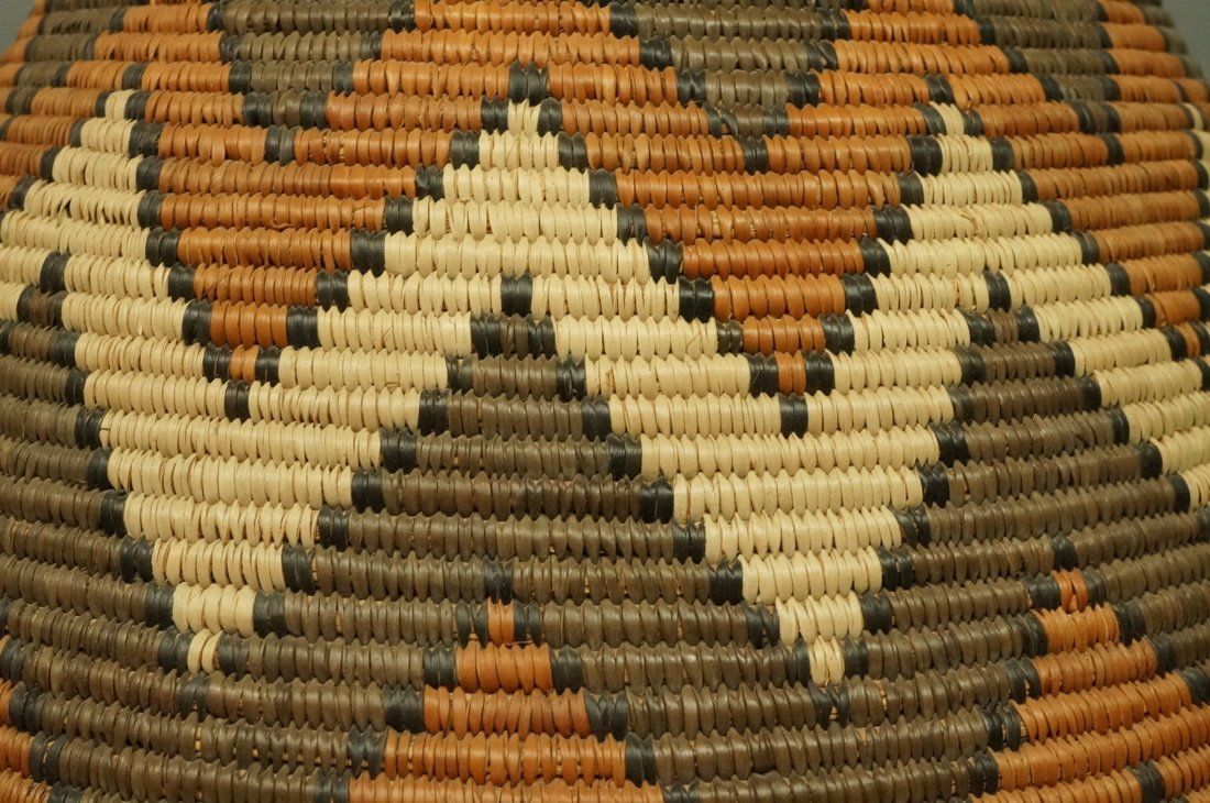 Large Indian Woven Basket. Warm browns & tan wove - 4