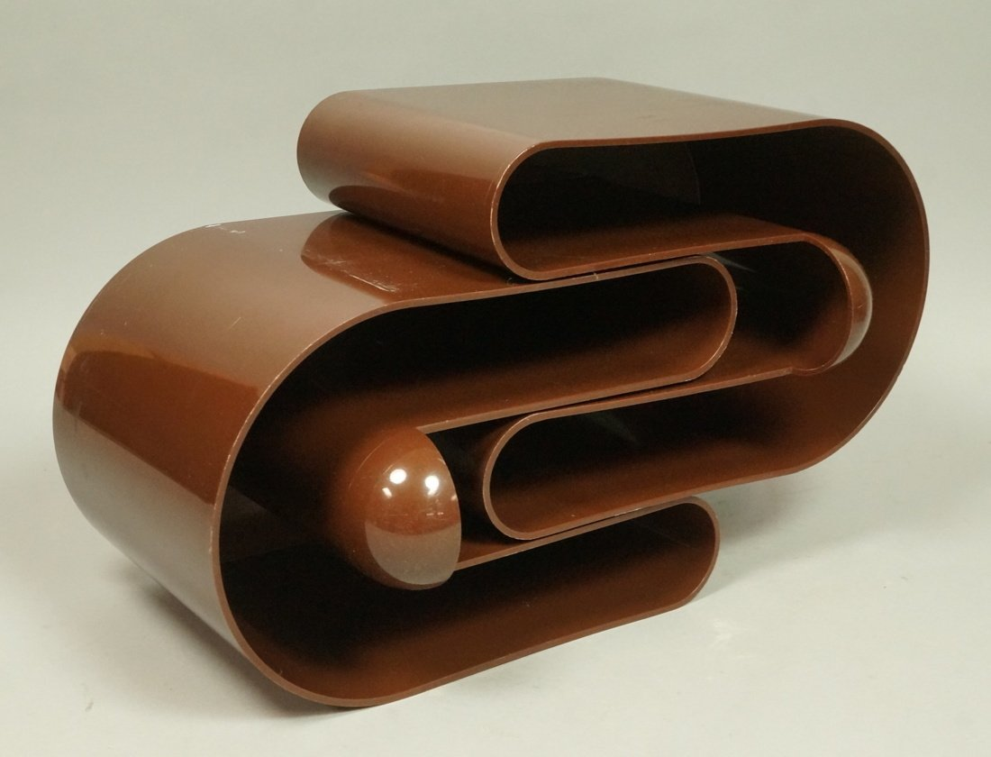 "Pr Brown Molded Plastic ""U"" Form Bins. Modern. Po"