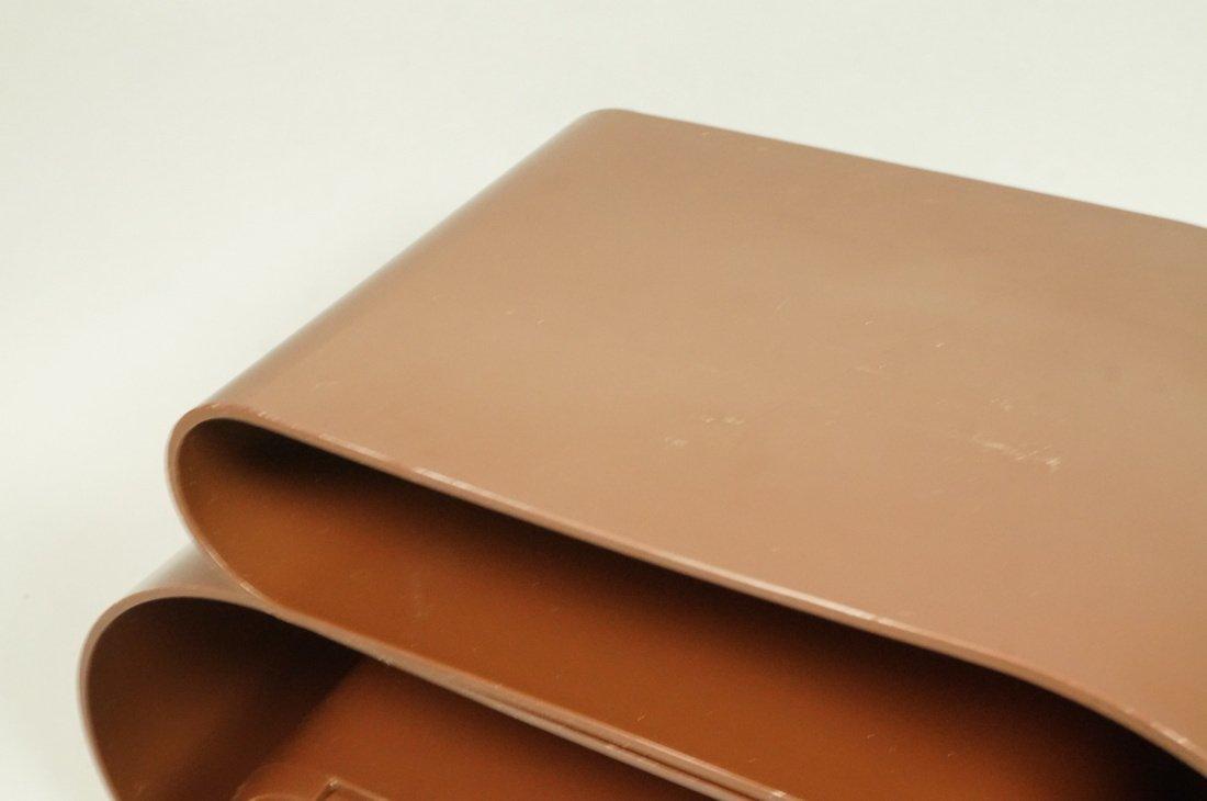 "Pr Brown Molded Plastic ""U"" Form Bins. Modern. Po - 3"