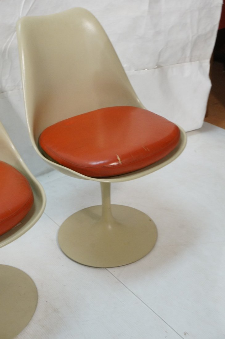 Set 4 KNOLL Eero SAARINEN Tulip Dining Chairs. Al - 5