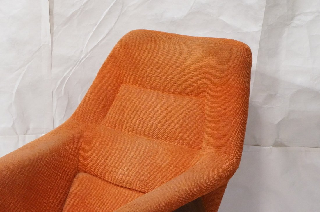Modernist American Walnut Arm Lounge Chair. Rich - 2