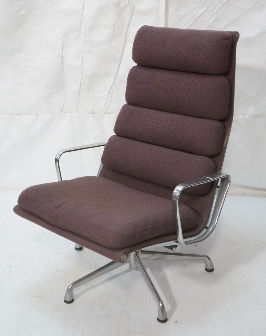 HERMAN MILLER Aluminum Group  Lounge Chair. CHARL