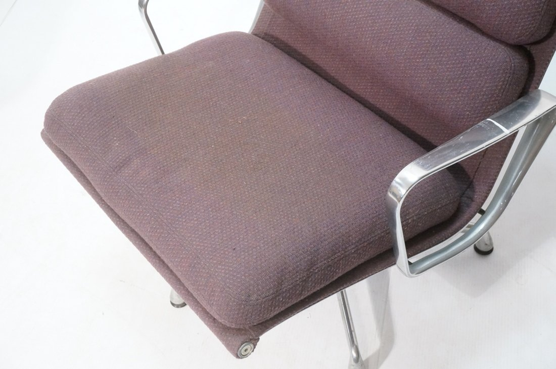 HERMAN MILLER Aluminum Group  Lounge Chair. CHARL - 3