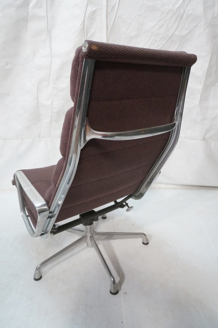 HERMAN MILLER Aluminum Group  Lounge Chair. CHARL - 5