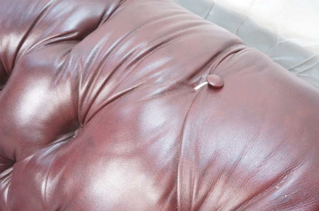 Burgundy Leather Chesterfield style Sofa Couch. N - 6