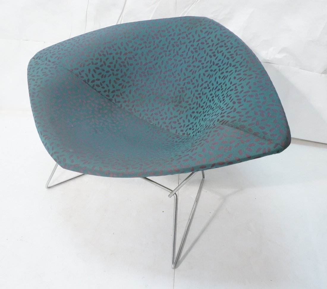 HARRY BERTOIA Diamond Lounge Chair. Chrome mesh f