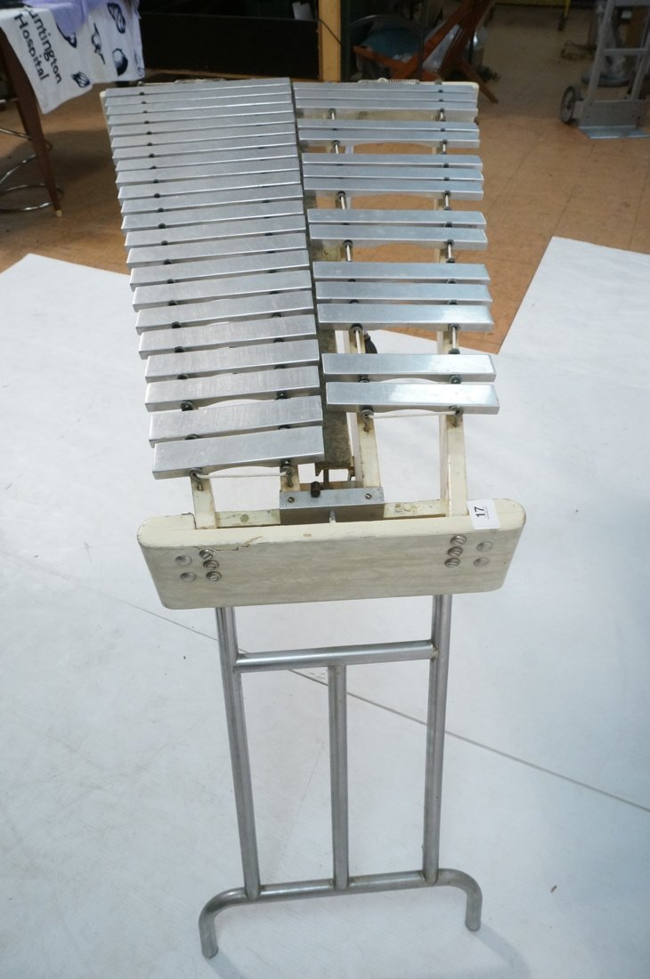 Jen C0. Aluminum oversized xylophone. Folding leg - 4