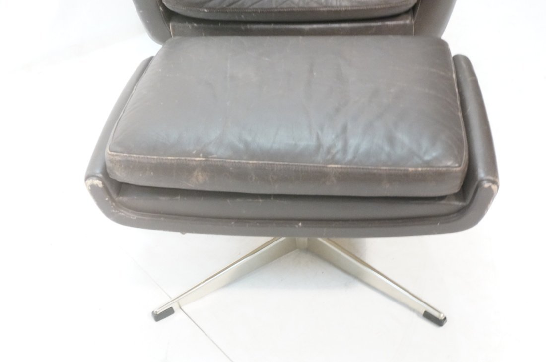 JOHN STUART Brown Leather Lounge Chair & Ottoman. - 4