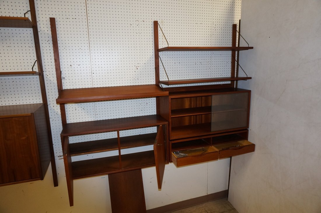 Teak Modern Wall Shelf Unit. Three uprights suppo - 4