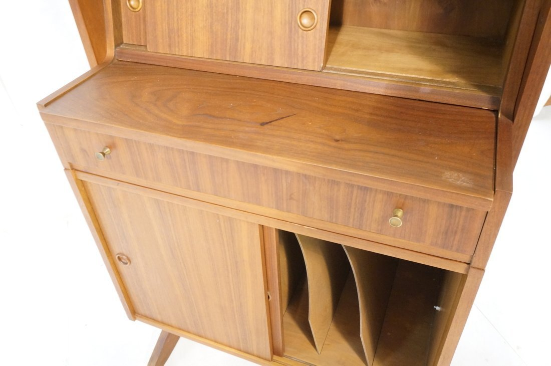 Danish Modern Teak Small Cabinet Hutch. Lower cab - 4