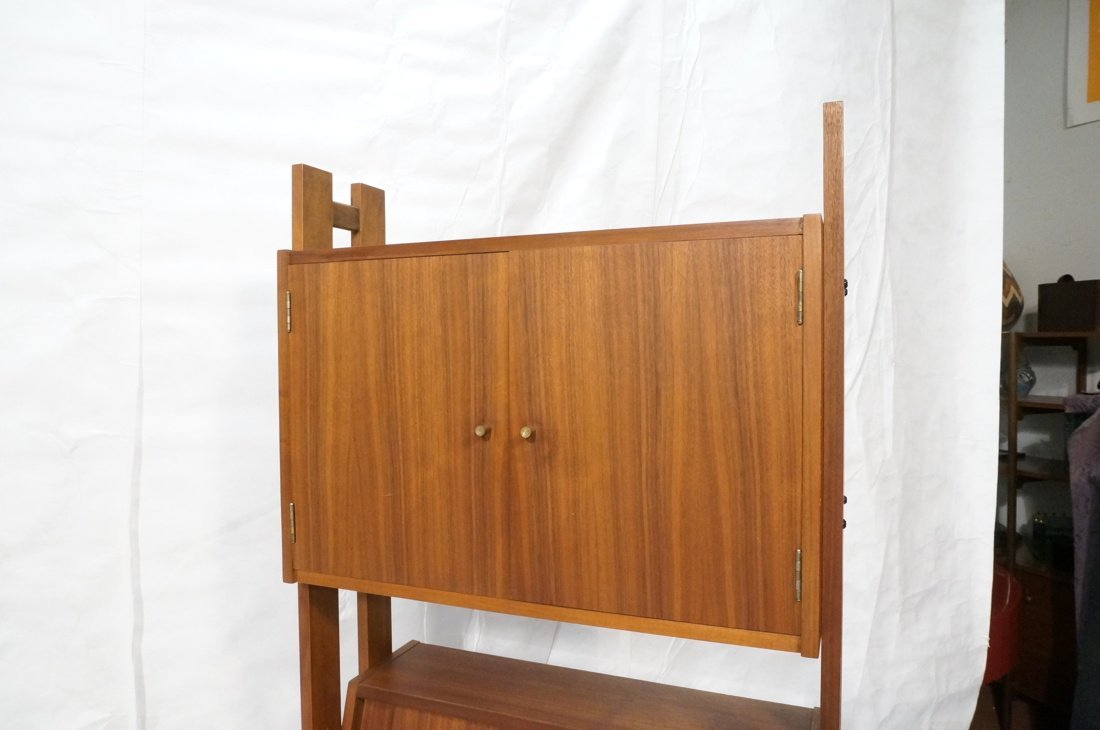 Danish Modern Teak Small Cabinet Hutch. Lower cab - 6