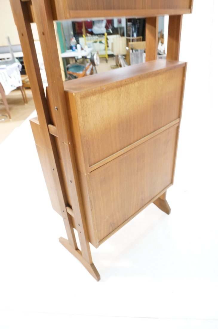 Danish Modern Teak Small Cabinet Hutch. Lower cab - 9