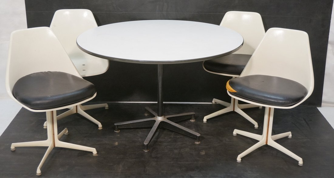 Herman Miller table with 4 BURKE chairs Dining set