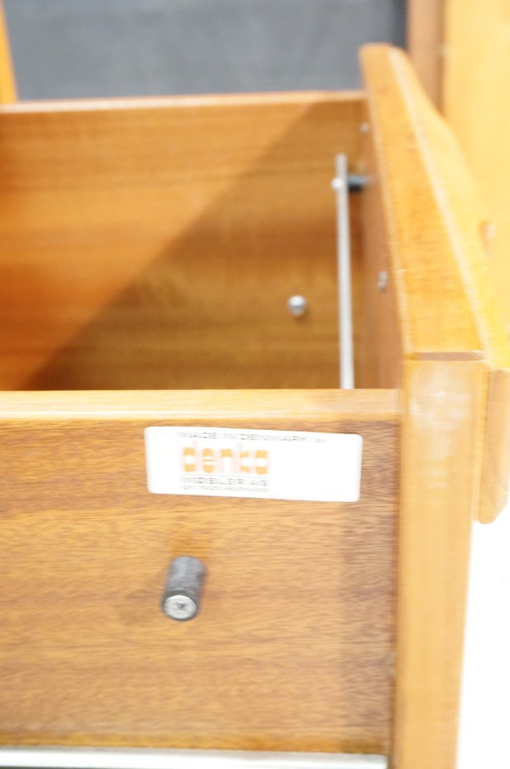 Danish Modern Teak Desk. Two file drawers. - 4