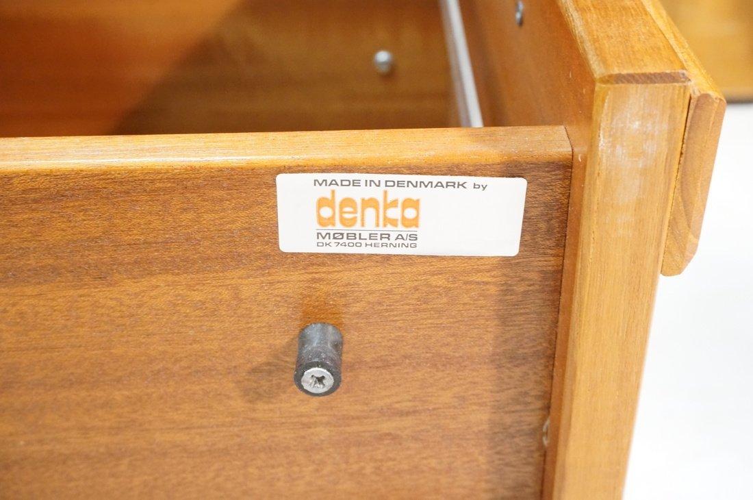 Danish Modern Teak Desk. Two file drawers. - 5